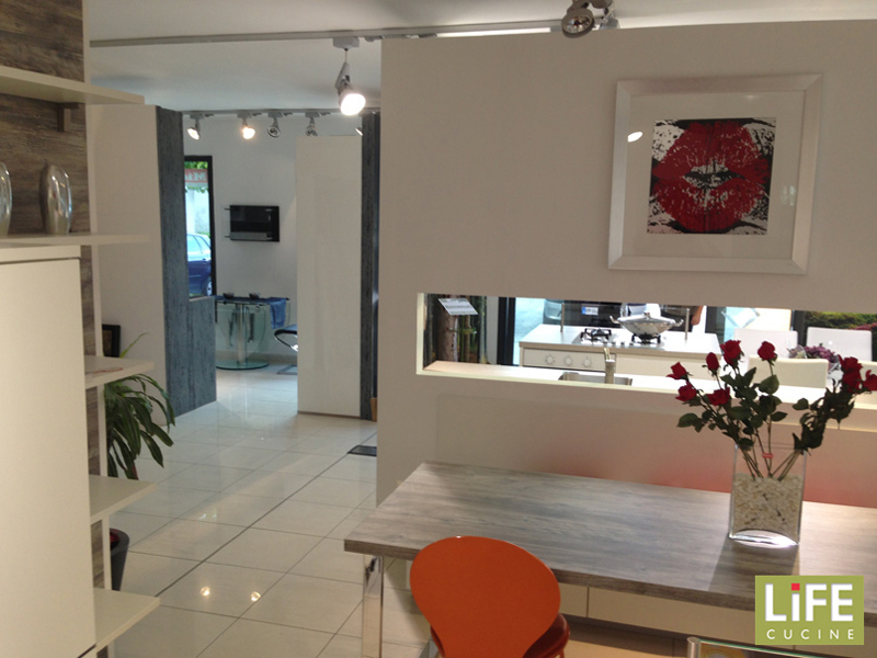 Negozi di cucine milano affordable cucine country outlet barone home design snaidero with - Life cucine milano ...